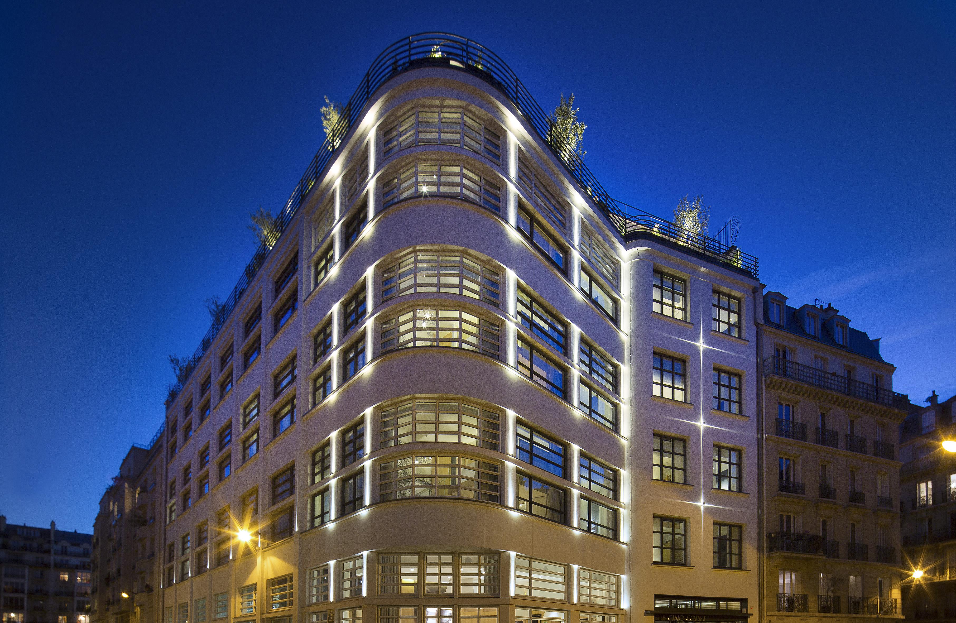 7 AGENCE NUEL_LE 5 CODET_C BIELSA--facade nuit-01 md