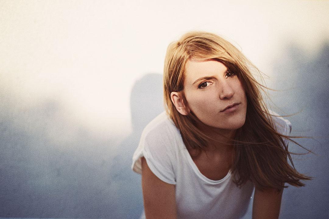 blondino_MGL9127_2_by_DianeSagnier